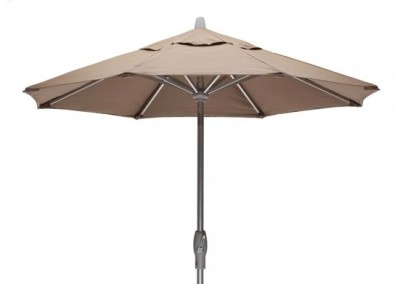 Value Market Umbrella, 7 .5 ′ Market Umbrella with Powdercoat Aluminum Frame and Autotilt by Telescope Casual