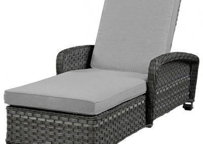 Lorca Chaise by BeachCraft