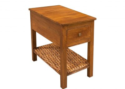 AT752 Accent Table by Capris