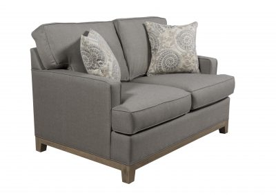 752 Series by Capris Furniture