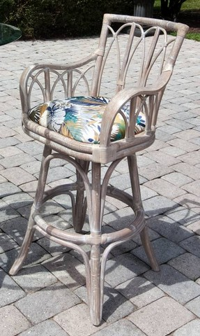 Cuba-Barstool-with-Arm-Rustic-Driftwood