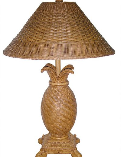 RT820-LT resin and wicker lamp by papila